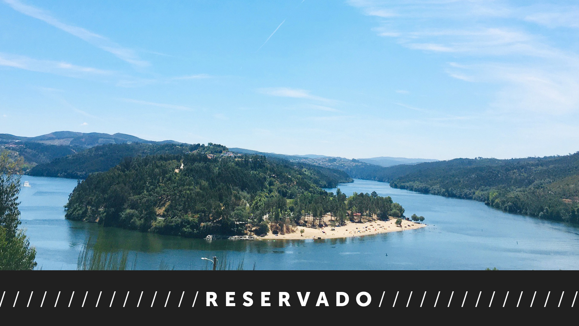 Land in Melres, stunning views Douro River, 1.286 m2, project Arqto Souto de Moura