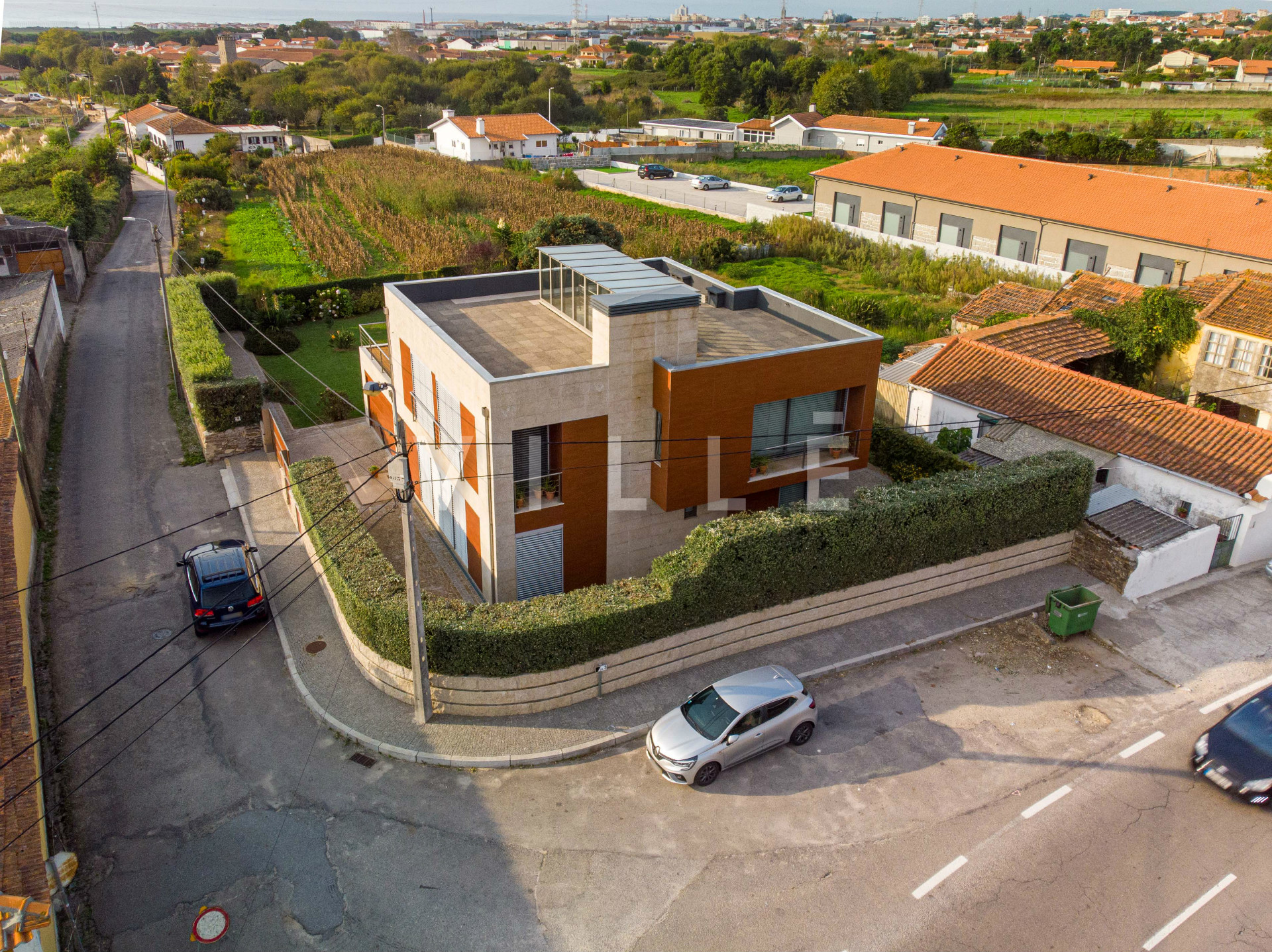 House 4 Bedrooms Modern Architecture - Silvalde, Espinho