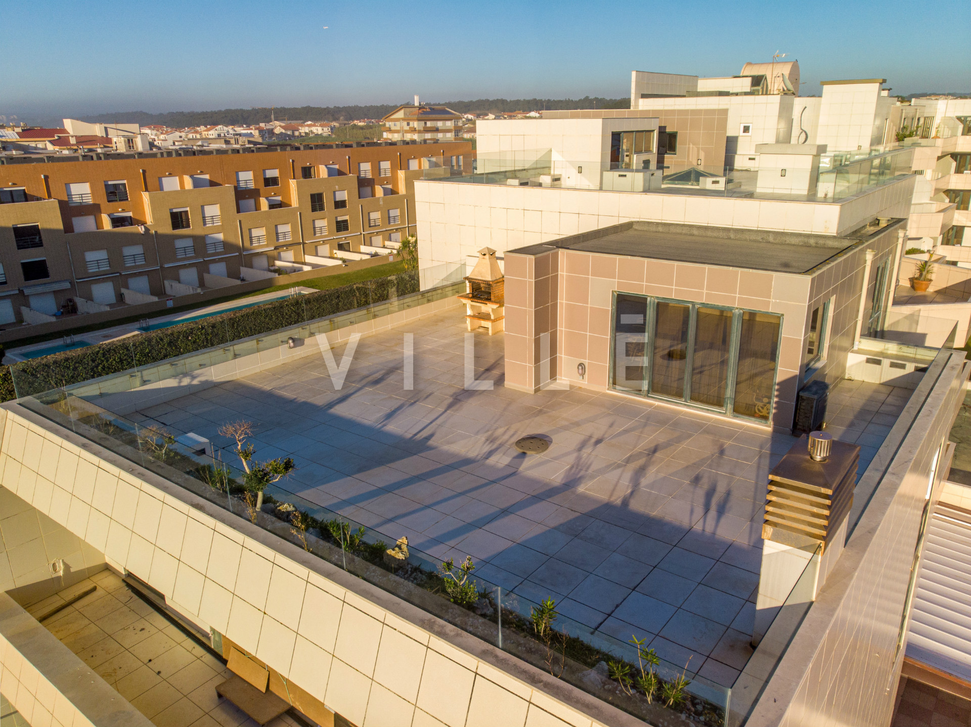 Penthouse for sale on the first line of the sea, in Mindelo beach, Portugal.